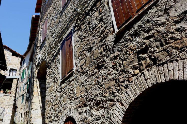 Apricale (IM) - Via San Bartolomeo