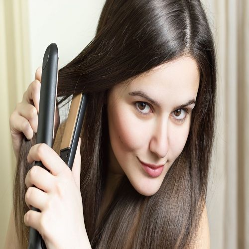 Hair Straightener In Pakistan is one of the best brands for launching its high quality products in cosmetics industry.  Women are more concerned about their looks than men.  Making different hair styles makes them look different and gorgeous every time. For this reason,  many hair styling accessories are available in the market including Braun Hair Curler and straightener in Pakistan.