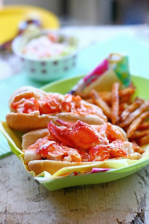 fancy lobster roll - 500×750