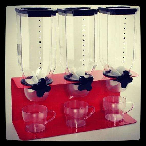 Dispensador de cereales triple. ¡Desayuna en casa como un rey!   http://www.neodalia.com/es/ventas/dispensadores-cereales