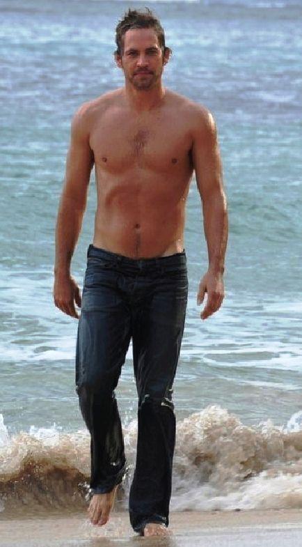 Paul Walker Shirtless, Barefoot and Wet. O.M.G.
