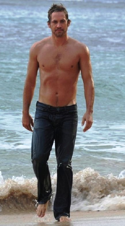 Paul Walker Shirtless, Barefoot and Wet. O.M.G.