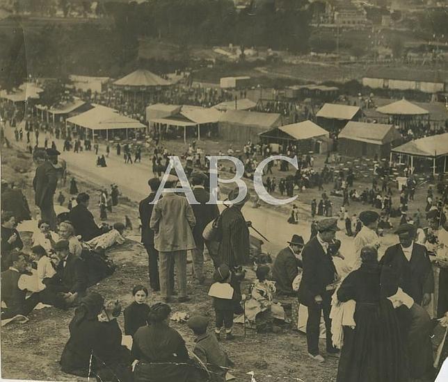 Madrid. 15/05/1913. Aspecto de la pradera en la romería de la fiesta de de San Isidro.