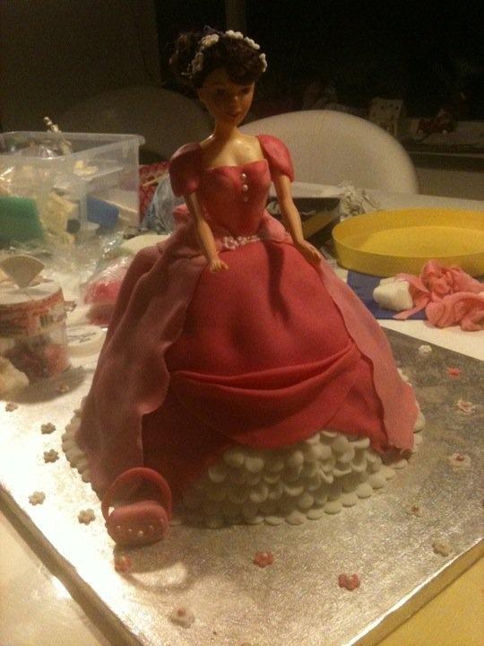 Barbie cake fondant