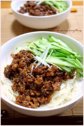 Spicy Ground Pork over Somen Noodles ジャージャー素麺