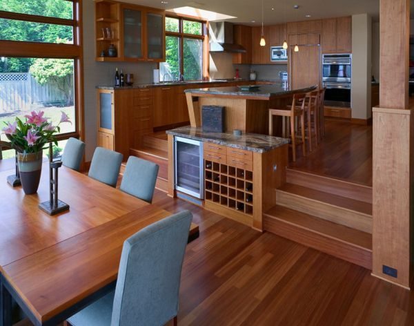 Best 25 split level home ideas on pinterest split level for Split living room dining room ideas