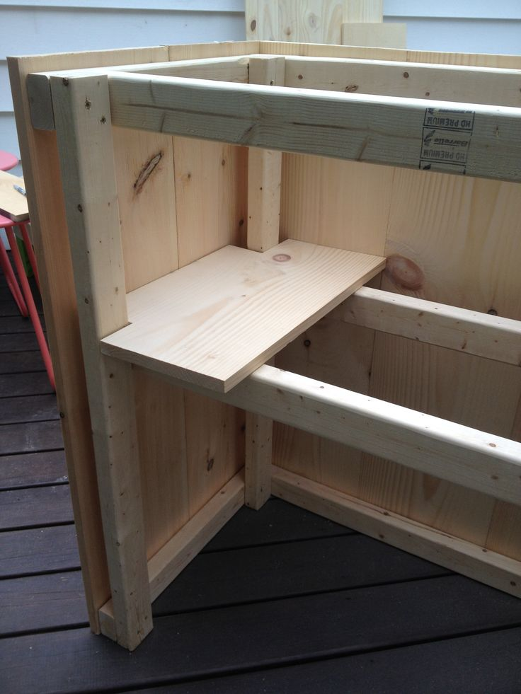 Diy Steps For Outdoor Bar With Built In Cooler Bar In