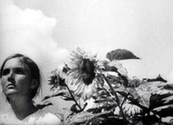 Earth (Zemlya) -Russian- (1930) Director: Aleksandr Dovzhenko  IMDB:In the peaceful countryside, Vassily opposes the rich kulaks over the coming of collective farming.