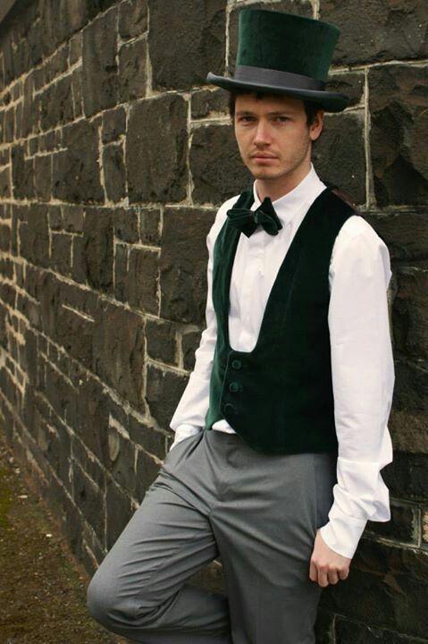 Men's tophat - Green velvet - by Lauren J Ritchie