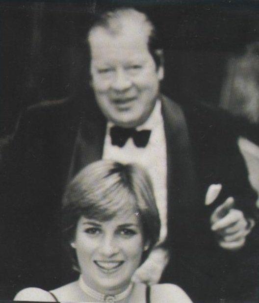 Bal  Lady Diana Spencer _