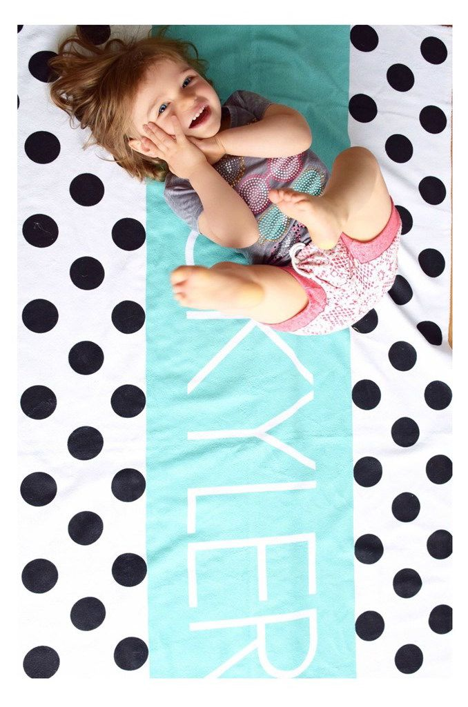 The cutest modern beach towels for kids!