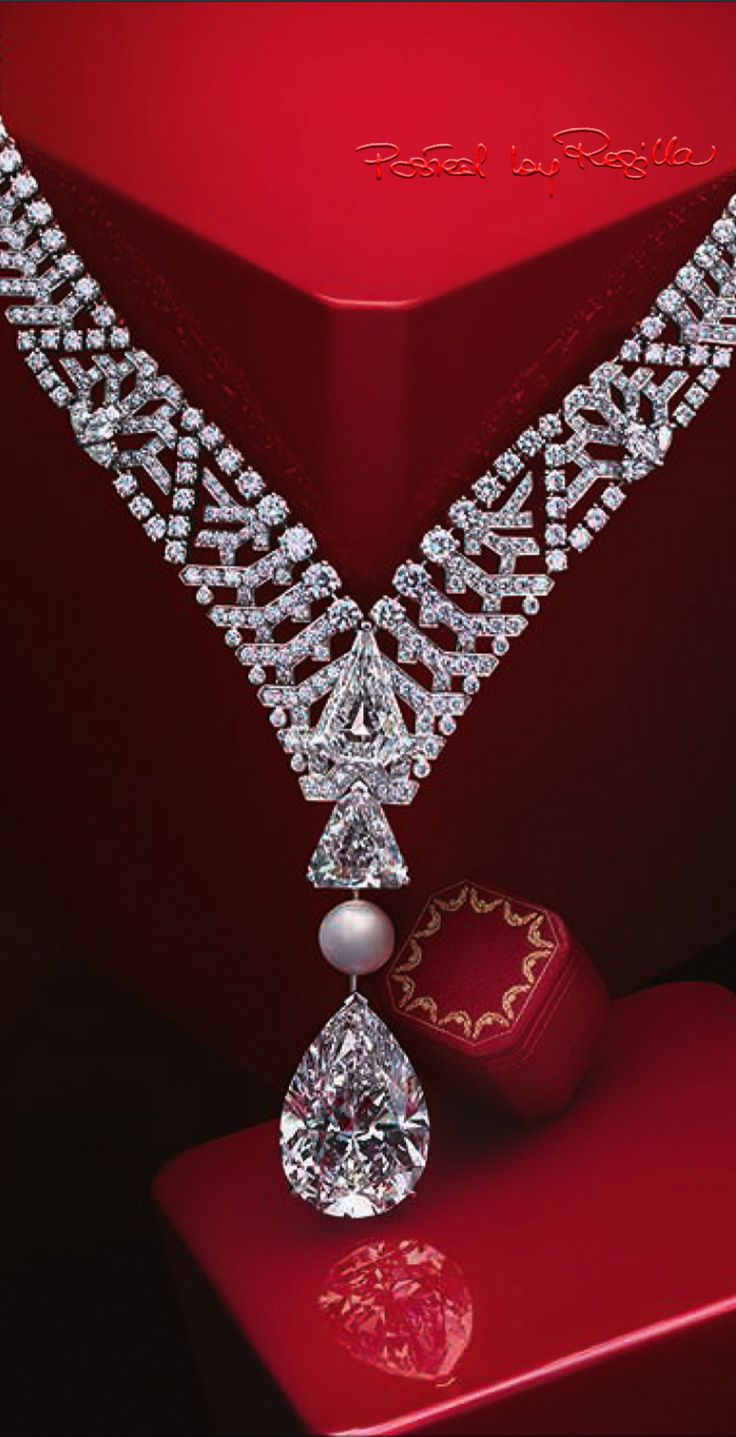 #Luxurey de Cartier #diamonds #luxury                                                                                                                                                                                 Más