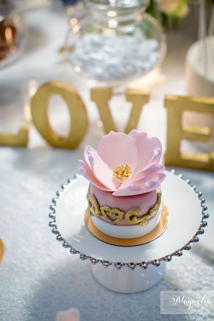 Mini cake in pink and gold for a wedding sweet table! Delicious! ROMANTIC FAIRYTALE WEDDING IN MONTREAL www.elegantwedding.ca