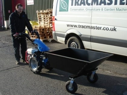 The Wheel Barrow is capable of carrying up to 250kg and is ideal for transporting bulky items. This front tipping barrow has the benefit of two large castor wheels at the front ensuring easy manouevrability. Dimensions of the body of the wheel barrow are (length x width x depth): 120cm x 80cm x 35cm         The Wheel Barrow is suitable for the BCS Two-Wheel Tractors, BCS Crusader Power Scythes, BCS Commander, and CAMON Rotavators.