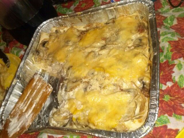 #lasagna de pollo con champiñones, para ser la primera fue todo un éxito! DELI