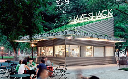 shake shack: Shakes Shack, Burgers Chains, Usa Pentagram, Pentagram Design, Dimensional Letters, Squares Parks, Graphics Design, Parks Nyc, Shake Shack
