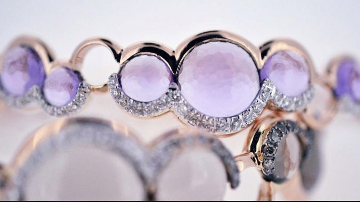 Bring a sparkle to her eyes with Nuvole by Talento Italiano