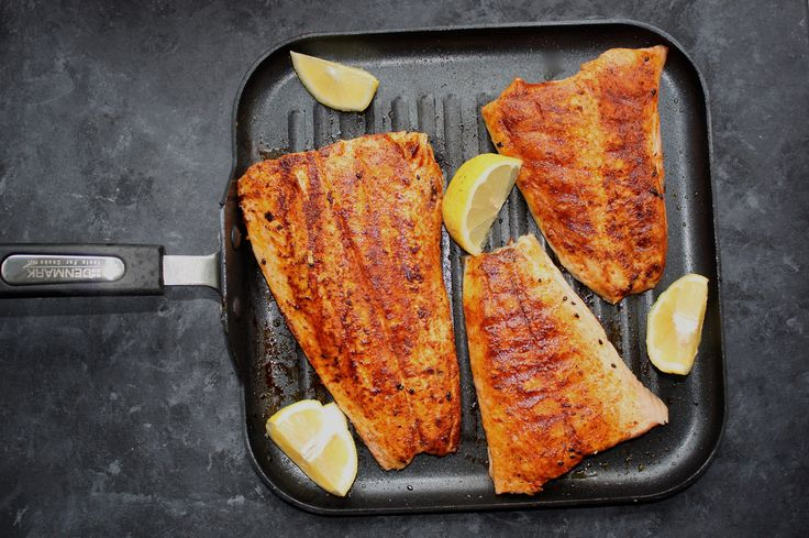 Hello FODMAPers & Friends, Today's recipe is a very easy and delicious seared salmon recipe featuring Case de Sante's BBQ rub. The sweet and savory blend of spices from Case de Sant…