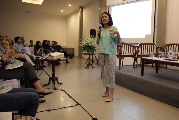 Social Instinct: Anindita Sitepu Dalam Memimpin Organisasi CISDI : Marie Claire Indonesia