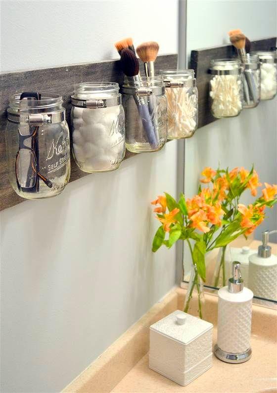Potes de vidro para a organização de objetos!