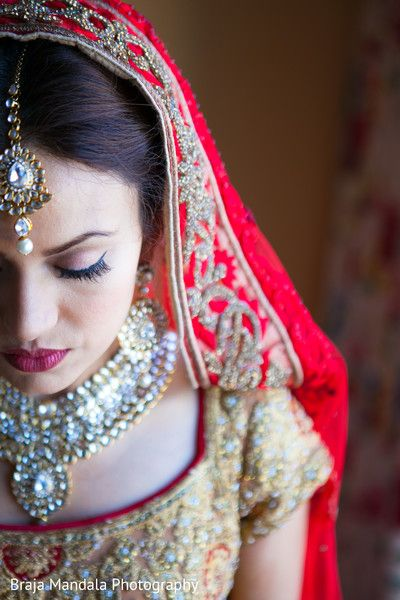 View photo on Maharani Weddings http://www.maharaniweddings.com/gallery/photo/77931