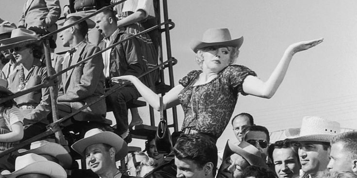 19 of Marilyn Monroe's Most Beautiful Quotes on Love, Life and Stardom