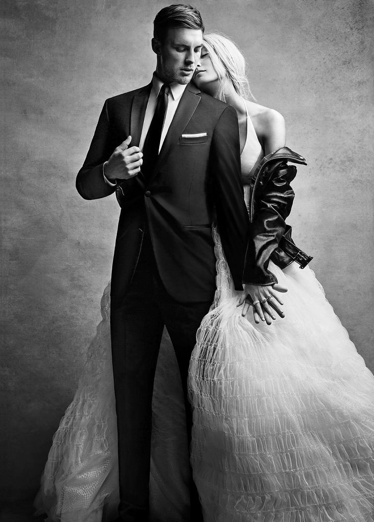 Black by Vera Wang. High fashion men's formalwear. Get $40 off each suit or tux rental plus more perks when you register your wedding at Men's Wearhouse.