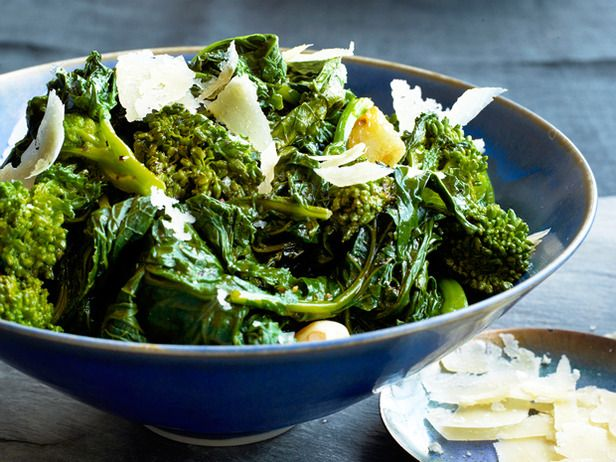 Garlicky Broccoli Rabe #FNMag #myplate #veggiesFood Network, Side Dishes, Healthy Eating, Healthy Side, Healthy Recipe, Broccoli Rabe Recipe, Garlicky Broccoli, Garlic Broccoli, Healthy Living