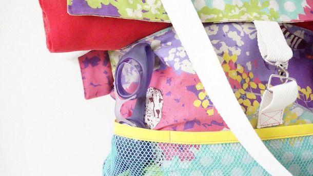 Hoy cosemos una macro bolsa de gym o bolsa multiusos. Una bolsa muy práctica y cómoda para ir al gym, a la playa, de fin de semana...