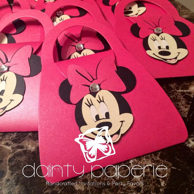 Dainty Paperie: Minnie Mouse Purse Invitations