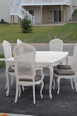 Shabby Chic Vintage 1970s Thomasville Dining Room Table And 6 Cane Back Chairs
