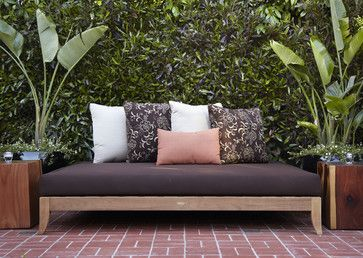 Great DIY Patio Daybeds, Wicker Outdoor Beds, And Lounges.