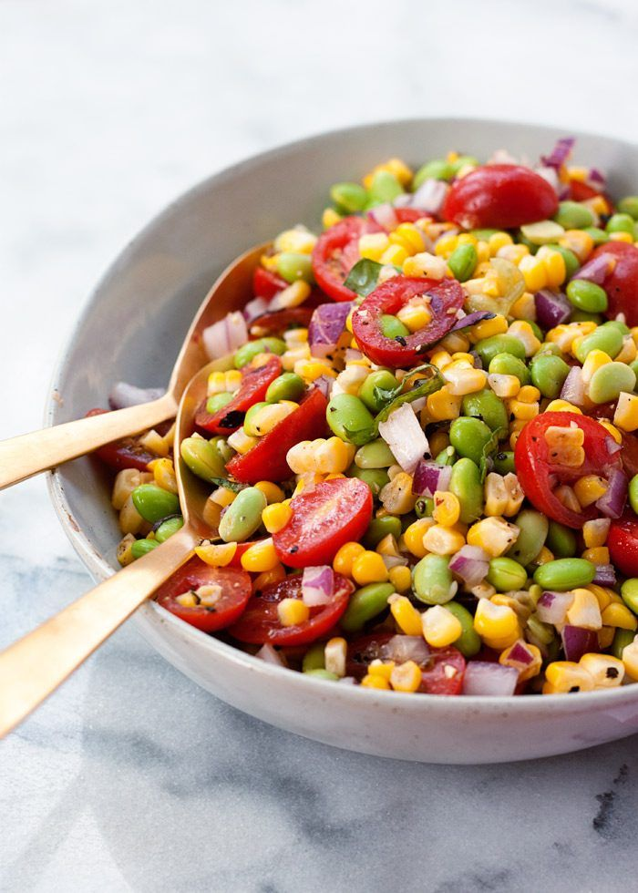 Summer Corn & Edamame Salad recipe - A super simple summer salad with the sweet crunch of corn, juicy tomatoes, and the protein-punch of edamame. {vegan, gluten-free}