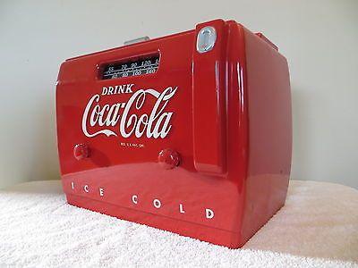 VINTAGE 1940s DRINK COCA COLA COOLER OLD BAKELITE SODA MACHINE TYPE TUBE RADIO