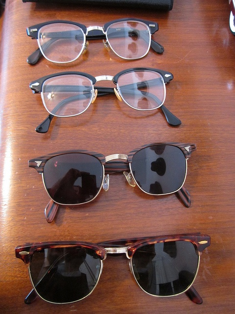 Yeah, I like browline glasses by young_fogey, via Flickr