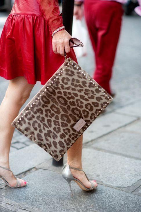 s-erafina:  Valentino leopard clutch