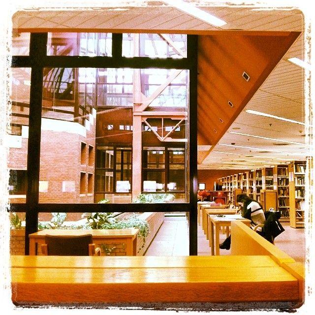 Biblioteca Rey Pastor en Leganés.  Instagram photo by @Amy Tevar (Alberto Tevar)   Iconosquare