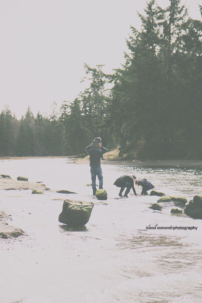 Vancouver Island Family / Family Photography / Family Photos/ Island Moments Photography / Explore