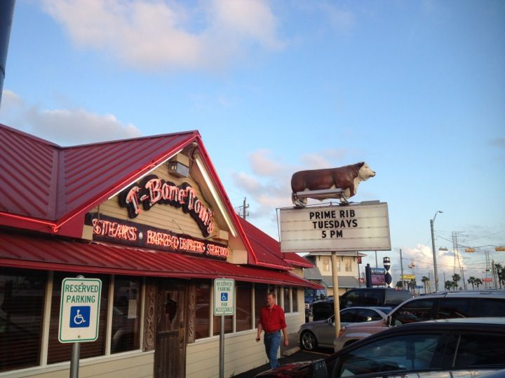 ~Seen on Diners Drive ins and Dives~ T-Bone Tom's in Kemah, TX