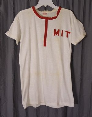 1950s Harvard Crew Team Tee Shirt MIT | I need this in my life!  | MIT Vintage T-shirt