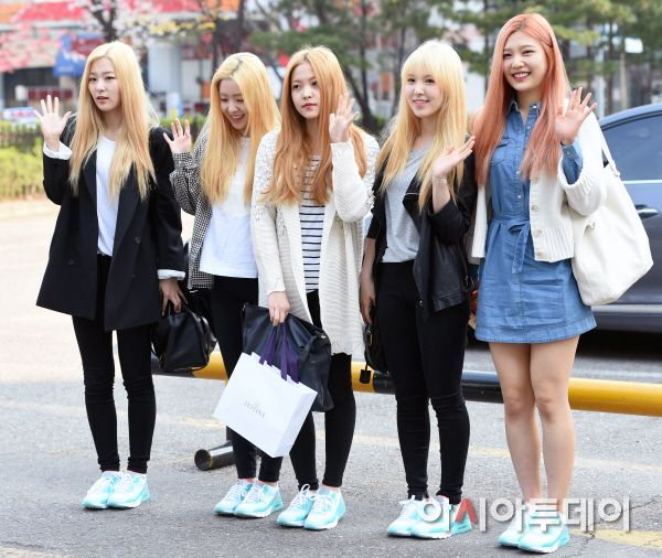 Red Velvet Seulgi Irene Yeri Wendy Joy Kpop Fashion