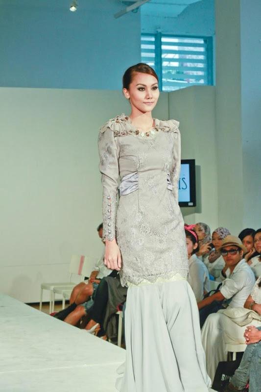 Scallop Bow Baju Kurung by SHAHIDA SHARIFF