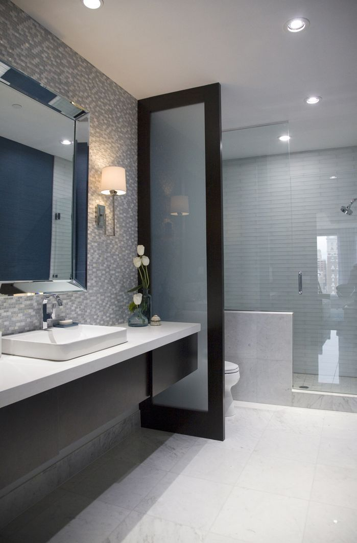 Modern black and white tile bathroom #PinScheduler http://mbsy.co/tailwind/18956816