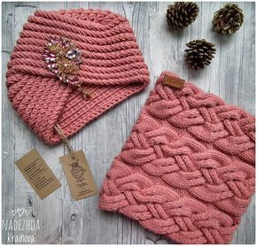 В наличии комплект из мериноса в коралловом цвете и с шикарной брошью, р54-59 , цена 3600р , пряжа тут @flamingo_knitting , броши тут @katrin_broshkina , расход 3 моточка. #вналичии#чалма#снуд#ручнаяработа #хэндмэйд #вяжутнетолькобабушки #вяжуназаказ #like4like #fol #followforfollow #knit#knitt #instagood #moscow