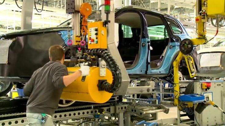 VW Touareg 2015 Assembly Line & Production