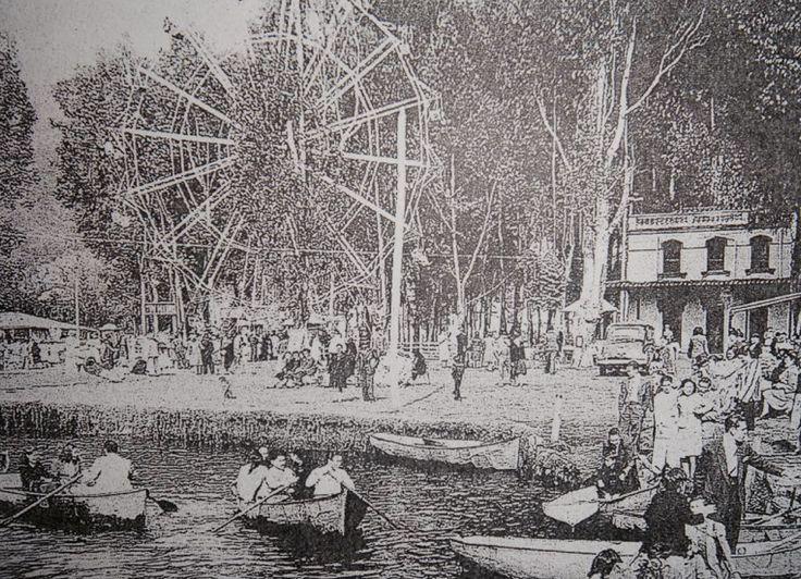 Lago del Parque Gaitán en Bogotá. 1930.