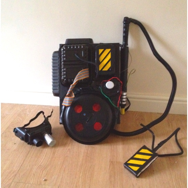 Proton pack | diy halloween costume | Pinterest | Proton pack ...