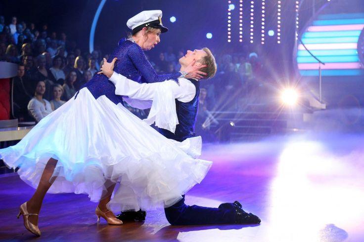 Let´s Dance 2015 Show 2 - Vadim Garbuzov und Beatrice Richter