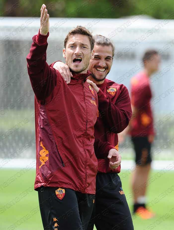 21/04/2012: allenamento | training session: Francesco Totti. Roman Expressions