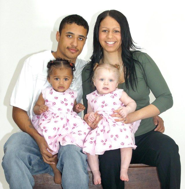 Black Couple Has Twins One Black One White - Wu-Tang Corp -5464